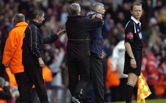 Wenger: Premier League nên học tinh thần của võ sĩ sumo - Ảnh 2.