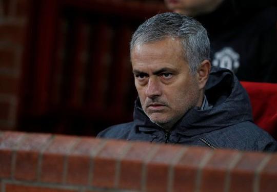 Van Gaal: M.U của Mourinho nhàm chán hơn thời tôi - Ảnh 3.