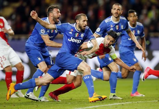 Lại mất bản quyền Champions League - Ảnh 1.