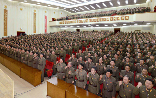Triều Tiên khó bắn nổi máy bay Mỹ - Ảnh 1.