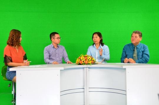 Các khách mời tham gia talk show sáng 23-3 Ảnh: TẤN THẠNH