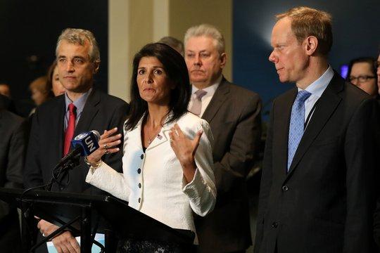 Bà Nikki Haley phát biểu tại trụ sở Liên Hiệp Quốc hôm 27-3 Ảnh: Reuters