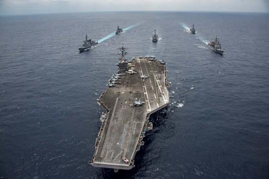 Tàu sân bay USS Carl Vinson liên tục tập trận với các đồng minh gần Triều Tiên. Ảnh: REUTERS
