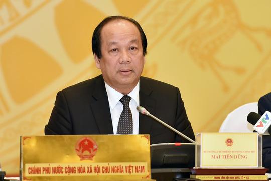 Bộ trưởng, Chủ nhiệm Văn phòng Chính phủ Mai Tiến Dũng chủ trì buổi họp báo Chính phủ vào ngày 3-4 Ảnh: THẾ DŨNG