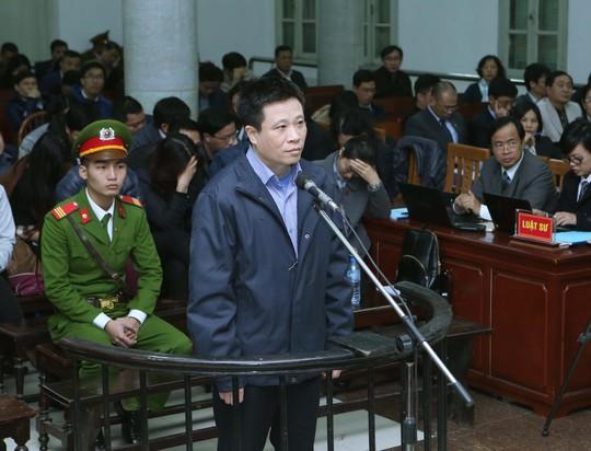 Bị cáo Hà Văn Thắm trong phiên xử ngày 3-3 Ảnh: TTXVN