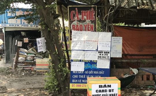 """Nhiều người làm """"cò"""" đất để kiếm thêm thu nhập ở xã Vĩnh Lộc B, huyện Bình Chánh, TP HCM"""
