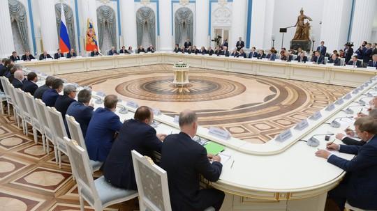 Nga muốn hồi hương 1.000 tỉ USD - Ảnh 1.