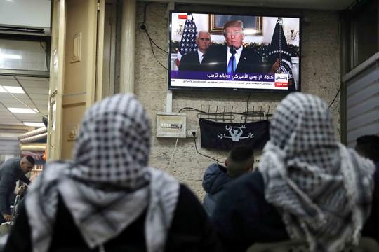 Canh bạc Jerusalem của ông Donald Trump - Ảnh 1.