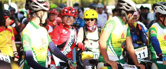 Các tay đua nữ cũng háo hức tham gia