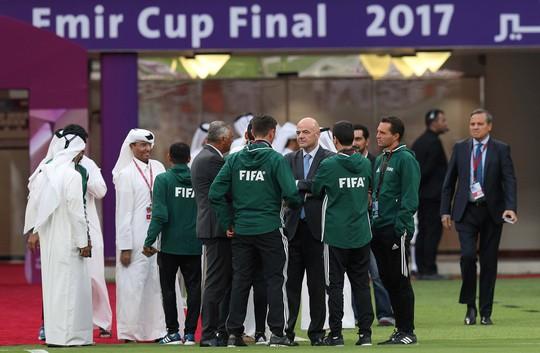 Bóng đá Qatar đối mặt khủng hoảng - Ảnh 1.
