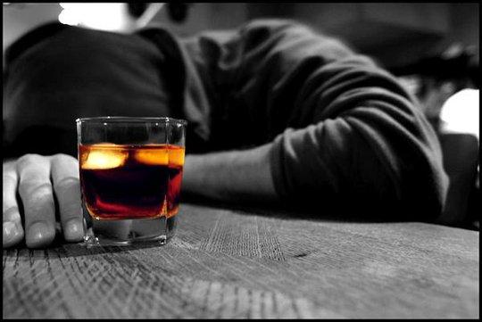 7 việc tối kỵ không nên làm sau khi say rượu quý ông nên biết - Ảnh 1.