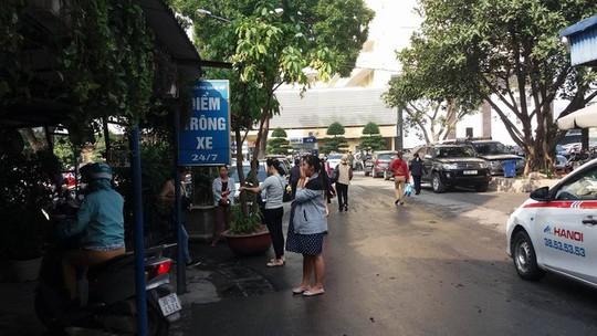 Bảo vệ BV Phụ sản Hà Nội bị tố đánh tới tấp người nhà bệnh nhân - Ảnh 1.