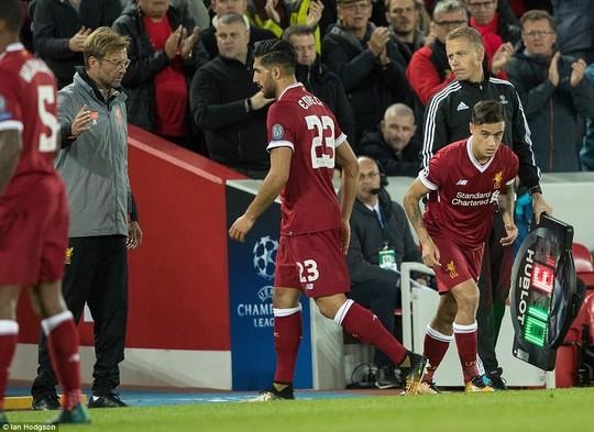 Công làm thủ phá, Liverpool mất thắng ở Anfield - Ảnh 5.