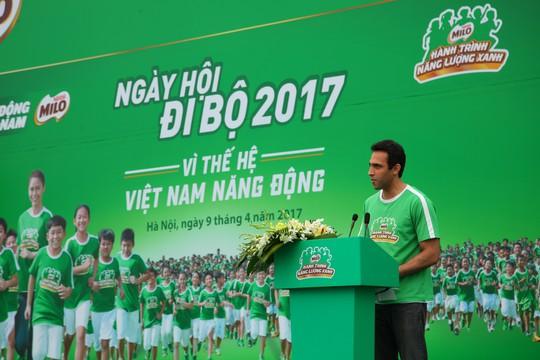 Ông Ali Abbas, Giám đốc Nhãn hàng MILO, phát biểu tại chương trình MILO - Ngày hội đi bộ năm 2017