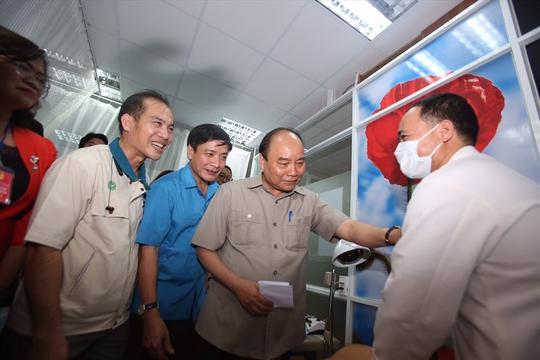 Thủ tướng Nguyễn Xuân Phúc gặp gỡ công nhân lao động Đồng Nai - Ảnh 4.