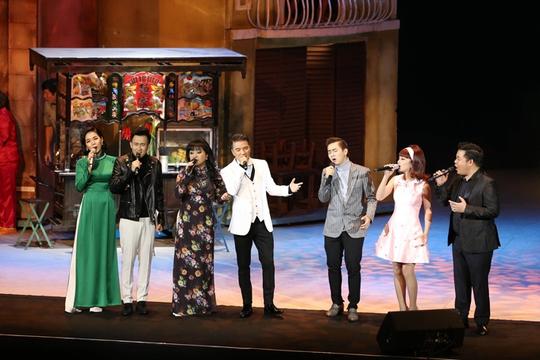 Đàm Vĩnh Hưng khiến khán giả Hà Nội đã mắt với Sài Gòn Bolero - Ảnh 4.