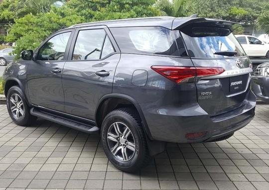 Toyota Fortuner 2017 được nhập khẩu nguyên chiếc từ Indonesia