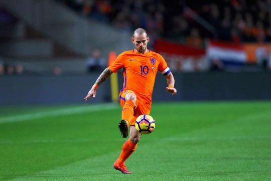 Vượt Van der Sar, Sneijder lập kỷ lục ở tuyển Hà Lan - Ảnh 1.