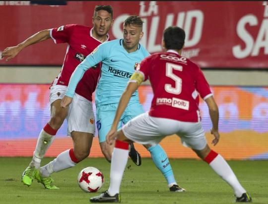 Trình làng hàng công mới, Barcelona trút giận trận mở màn Cúp Nhà vua - Ảnh 1.