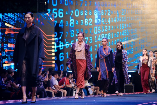 Mãn nhãn với đêm bế mạc Lễ hội Thời trang và Công nghệ - Ảnh 4.
