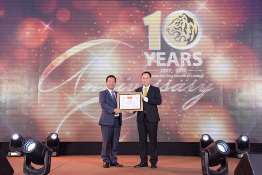 Maybank Kim Eng cam kết đầu tư lâu dài, mạnh mẽ tại Việt Nam - Ảnh 1.