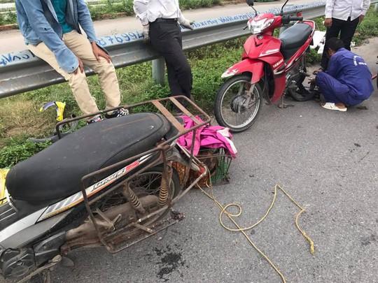 Đinh trên cao tốc Hà Nội-Bắc Giang do nhà máy sản xuất - Ảnh 1.