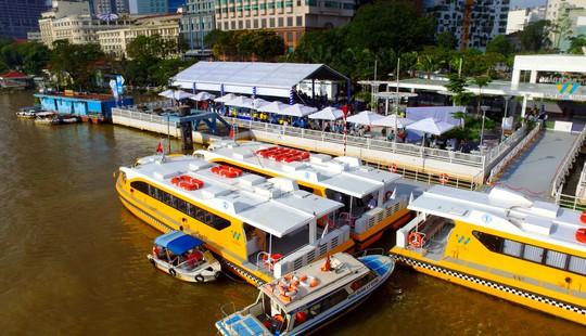 Buýt đường sông đã chính thức vận hành - Ảnh 1.