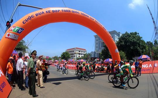 Nguyễn Dương Hồ Vũ lập cú đúp ở chặng 3 HTV Cup 2017