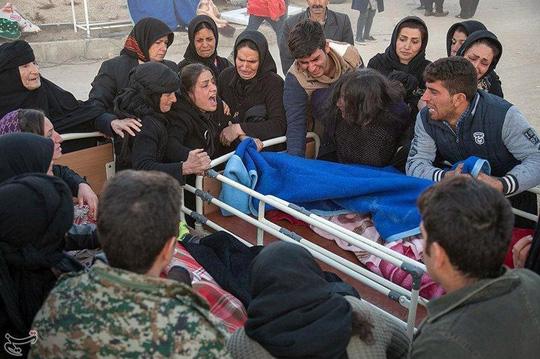 Động đất kinh hoàng tại biên giới Iran - Iraq - Ảnh 1.