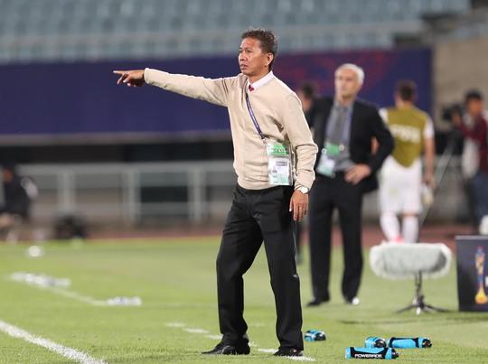 HLV Hoàng Anh Tuấn không lên U23, chọn U15 - Ảnh 1.