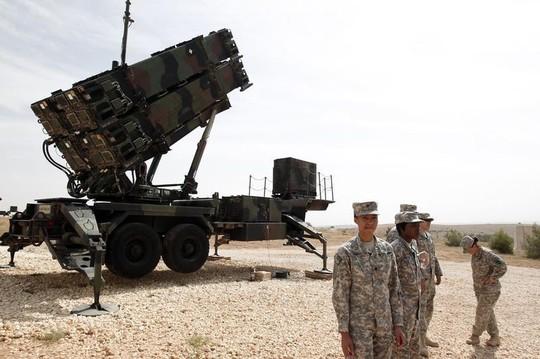 Hệ thống tên lửa Patriot. Ảnh: REUTERS