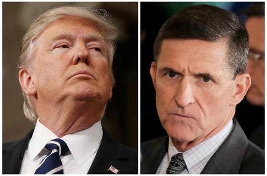 Ông Donald Trump bất ngờ lên tiếng bảo vệ tướng Flynn - Ảnh 1.