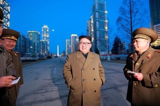 Lãnh đạo Kim Jong-un tại Bình Nhưỡng hôm 16-3. Ảnh: Reuters