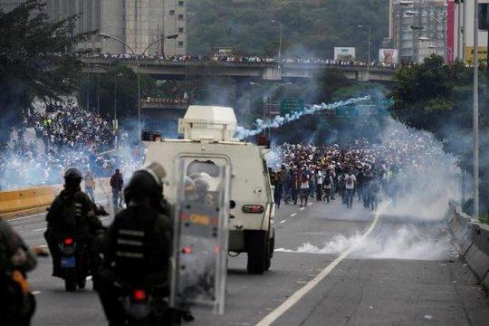 Venezuela: Điện giật chết 8 người cướp tiệm bánh?