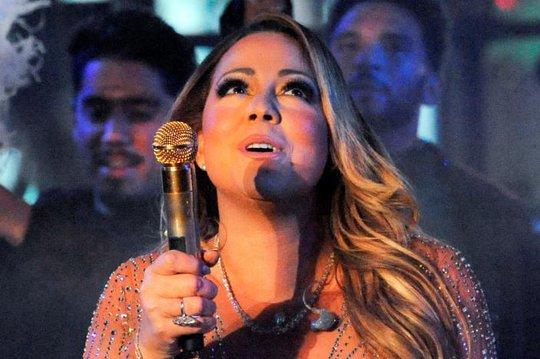 Mariah Carey biện hộ sau màn trình diễn thảm họa