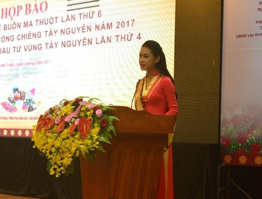 Người đẹp Phùng Bảo Ngọc Vân trở thành đại sứ truyền thông cho lễ hội