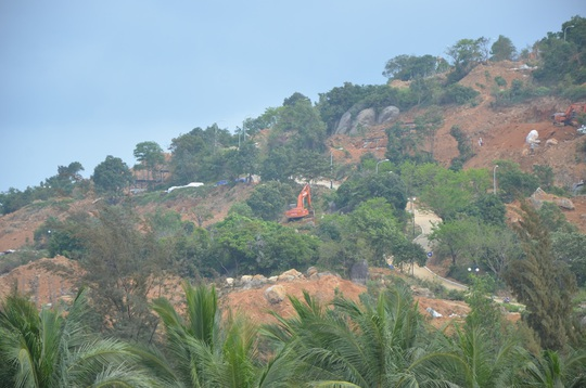 Công ty cổ phần Biển Tiên Sa phá rừng xây dựng trái phép ở Sơn Trà vừa bị phát hiện
