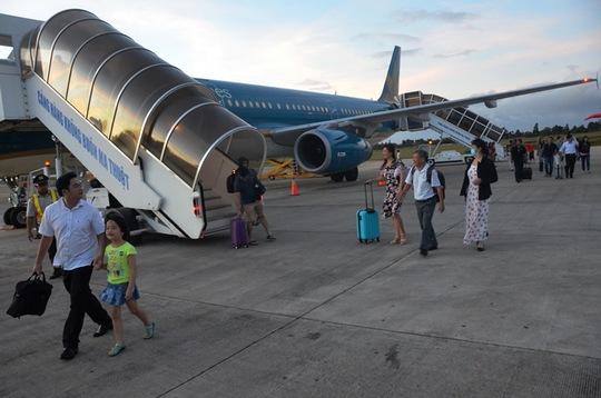Nếu đề xuất tăng giá được thông qua, hành khách bay vào giờ đẹp có thể chịu giá vé cao hơn hiện tại.