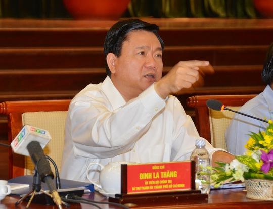 Bí thư TP Đinh La Thăng cho rằng nền kinh tế đang có nhiều cơ hội vàng để tăng trưởng. Ảnh: Tấn Thạnh