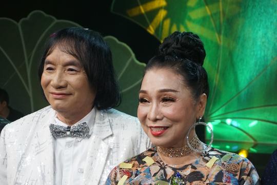 Nhân viên tòa án đoạt giải Chuông vàng vọng cổ 2017 - Ảnh 3.
