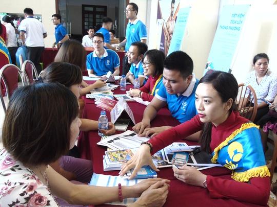 Lần đầu tiên tổ chức Ngày hội tư vấn cho công nhân - Ảnh 8.