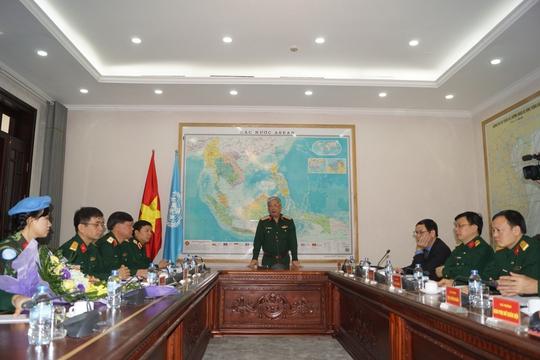 Nữ sĩ quan Việt Nam đầu tiên đi gìn giữ hòa bình Liên Hợp Quốc - Ảnh 2.