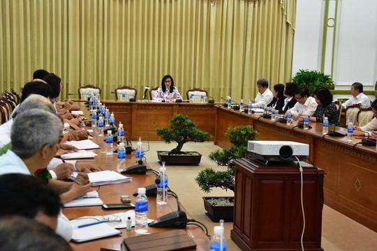 UBND TP HCM họp khẩn vụ hành hạ trẻ em ở quận 12 - Ảnh 1.