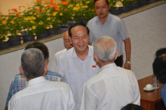 Chủ tịch nước Trần Đại Quang tiếp xúc cử tri TP HCM - Ảnh 3.