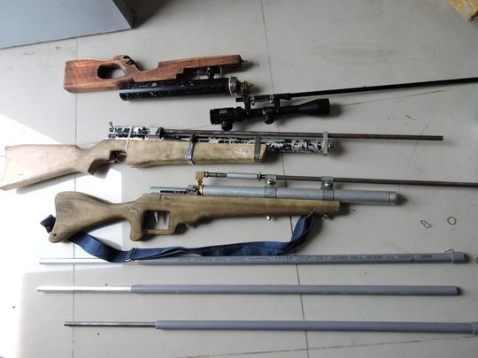 Xử kẻ học trên mạng, tạo hàng trăm bộ phận súng tự chế - Ảnh 1.