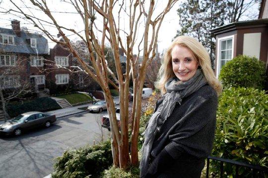 Bà Rhona Wolfe Friedman, một hàng xóm của gia đình Ivanka Trump. Ảnh: AP