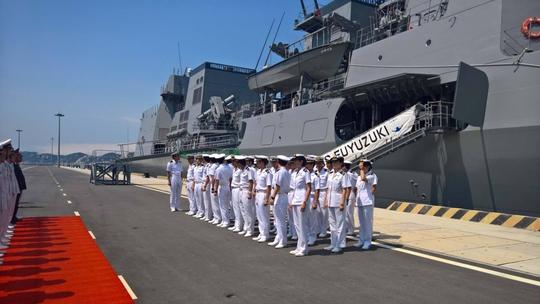 Lễ đón tàu hộ vệ Fuyuzuki thăm Cảng quốc tế Cam Ranh vào sáng 12-4Ảnh: Kỳ Nam