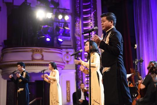 Đêm nhạc để đời của Đăng Dương - Ảnh 2.