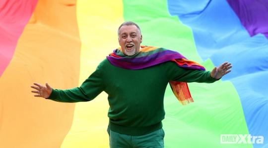 Cha đẻ của lá cờ biểu tượng cho cộng đồng LGBT đã qua đời ở tuổi 65. Ảnh: Daily Xtra