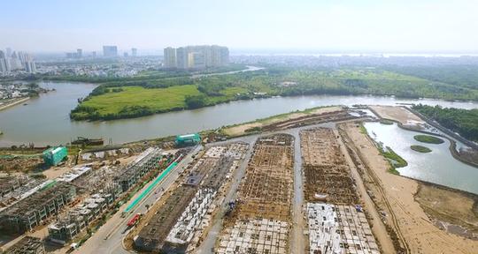 Khu Nam Sài Gòn cũng đang nóng với nhiều dự án lớn.